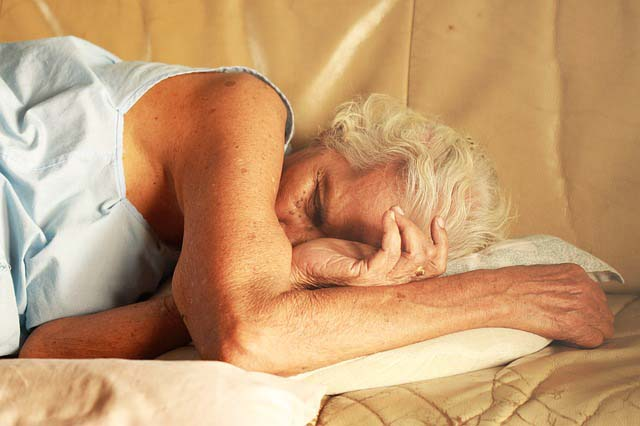 sleep-nap-old-woman-sofa_pixabay.jpg